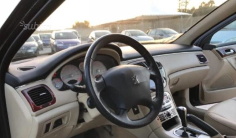 Peugeot 607 completo